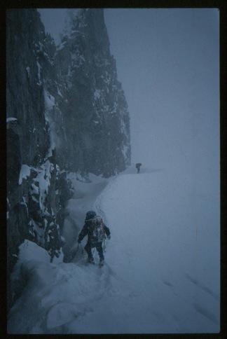30-storm-passo-descent
